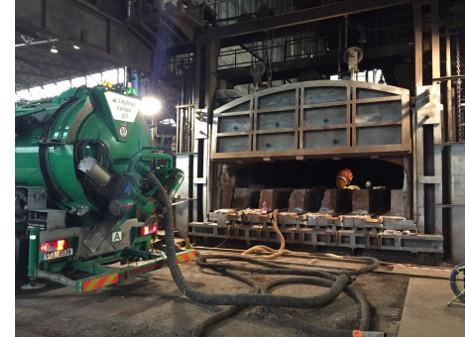 Sací bagr – průmyslové čištění