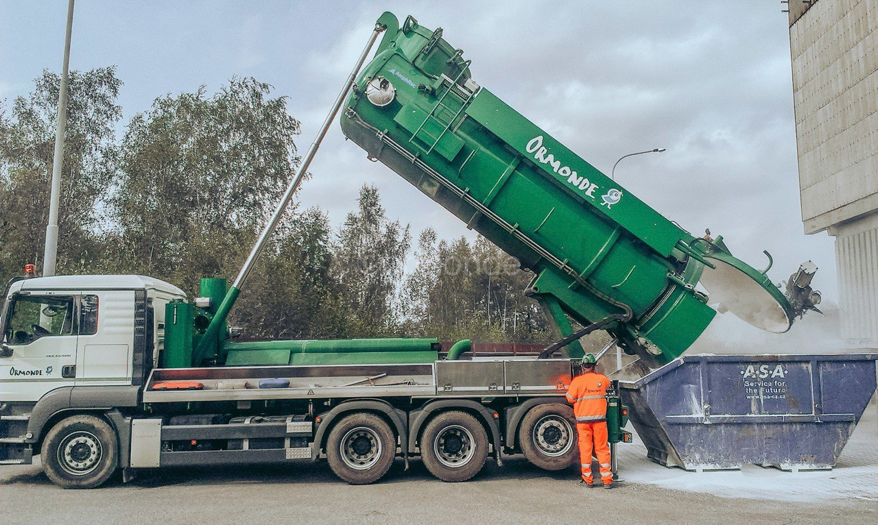 Suction Excavator Specialists